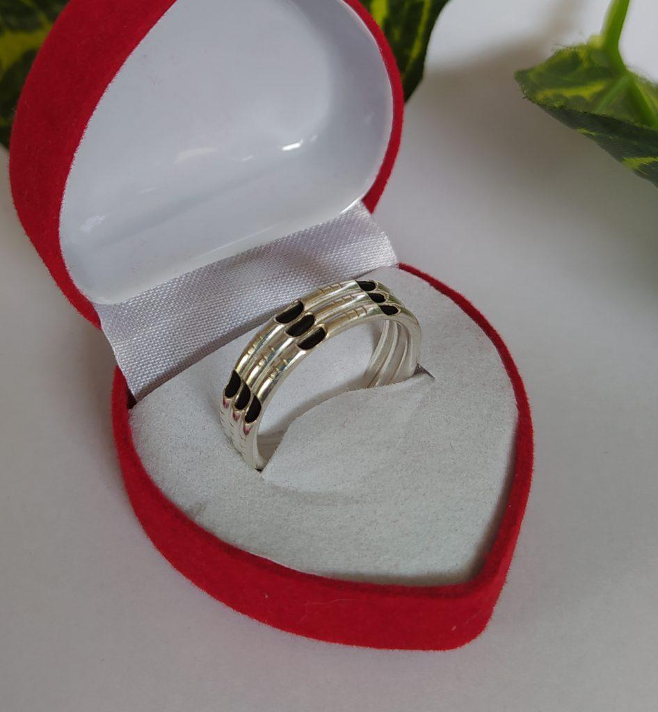 แหวนเงินแท้ 92.5% แหวนเงินสอดขนหางช้าง 3 ชั้น ลดราคาพิเศษ เหลือวงละ 290 บาท